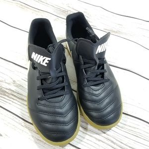 Nike tiempox soccer shoes
